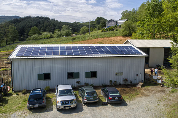 Appalachian in the community — Solar barn installed at Horse Helpers of the High Country with energy grant from App State